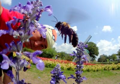 クマバチさんと記念撮影